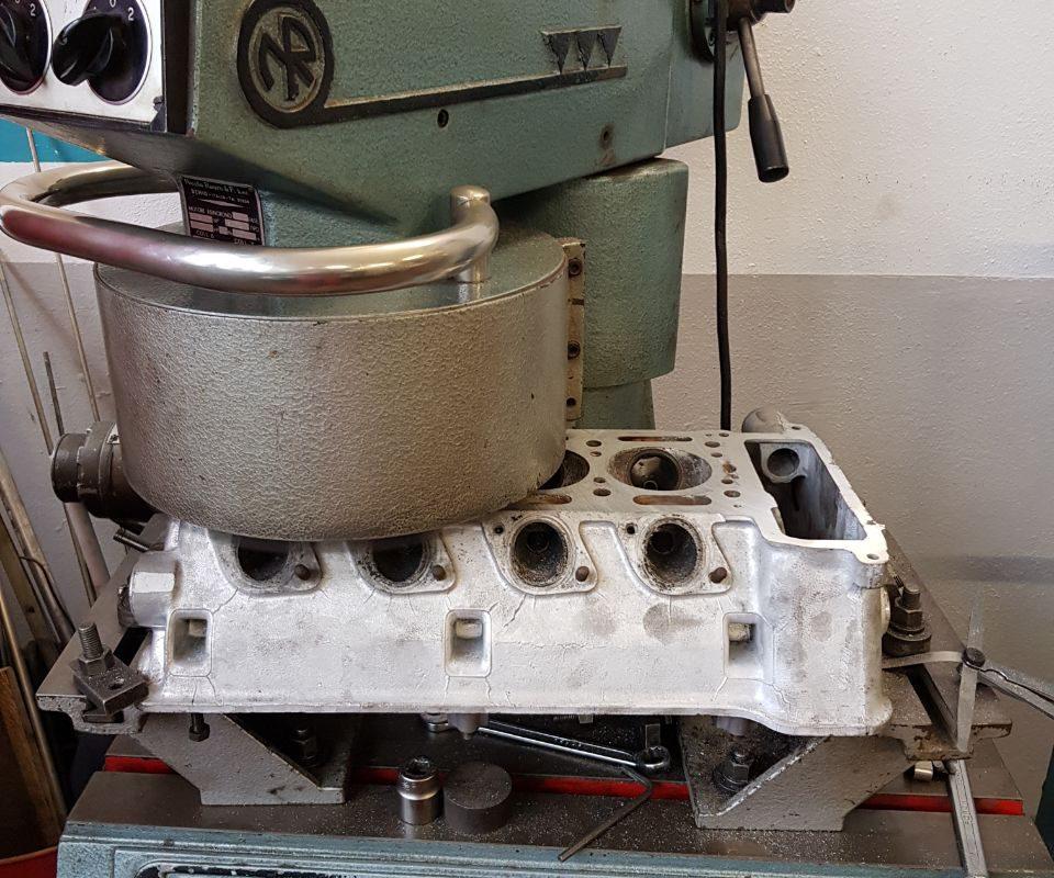 Zylinderkopf-Panschleifmaschine-2